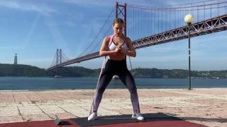 Sumo Squats with Long Resistance Body Bands – Zaksy.com