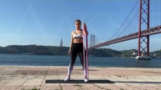 Standing Twists with Long Resistance Body Bands – Zaksy.com